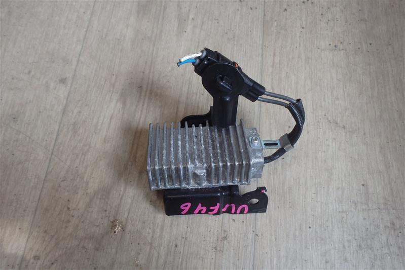 Резистор Lexus Ls600Hl UVF46 2UR-FSE 2011