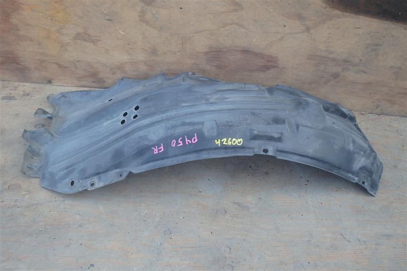 Подкрылок Nissan Fuga PY50 VQ35HR передний правый верхний