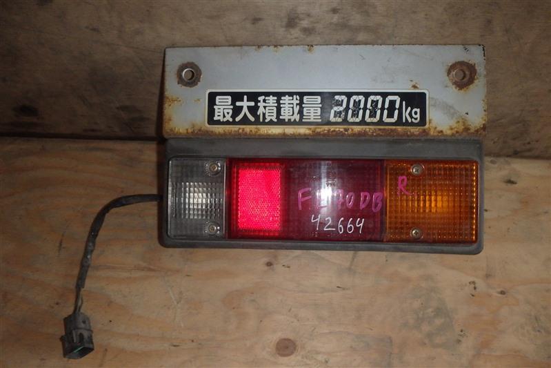 Стоп Mitsubishi Canter FE70 4M50T задний правый