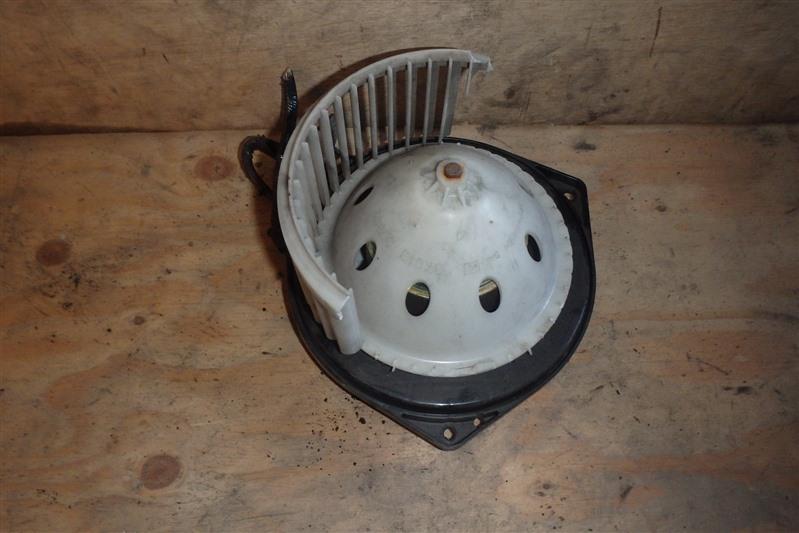 Мотор печки Nissan Fuga Y50 VQ25DE