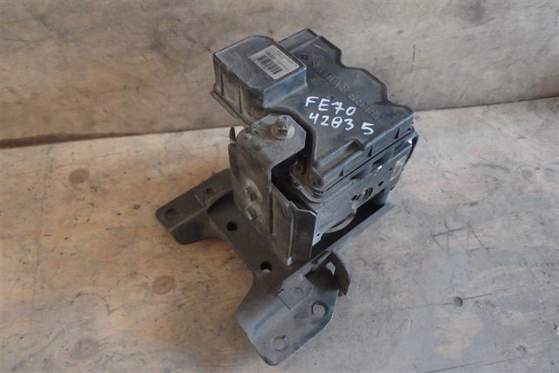 Блок abs Mitsubishi Canter FE70 4M50T
