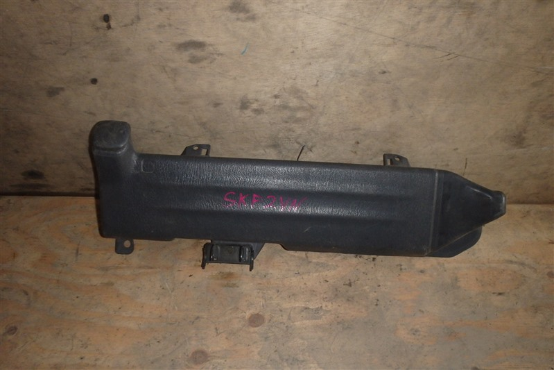 Бачок омывателя Mazda Bongo SKF2VN RF
