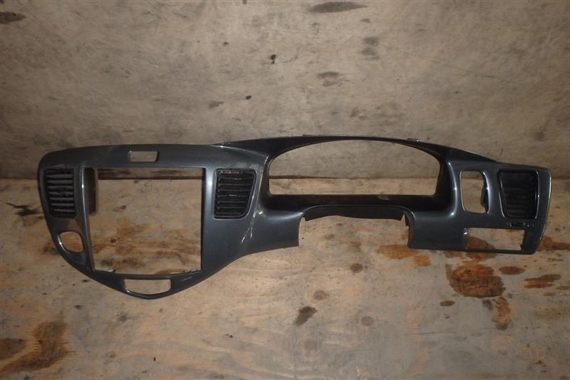 Консоль магнитофона Mazda Mpv LW3W L3