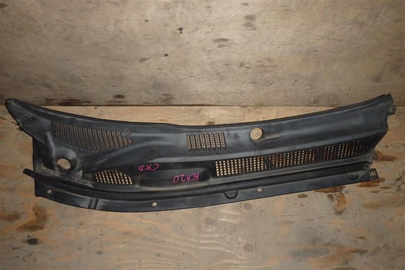 Жабо Toyota Rav4 ACA20 1AZ-FSE правое