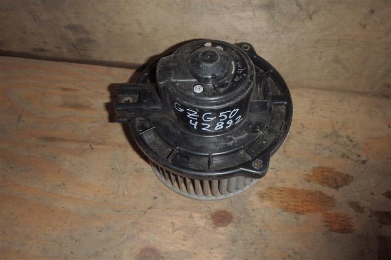 Мотор печки Toyota Century GZG50