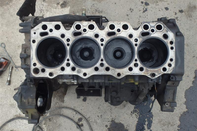 Блок двс Mazda Titan WHF3G TF 2001