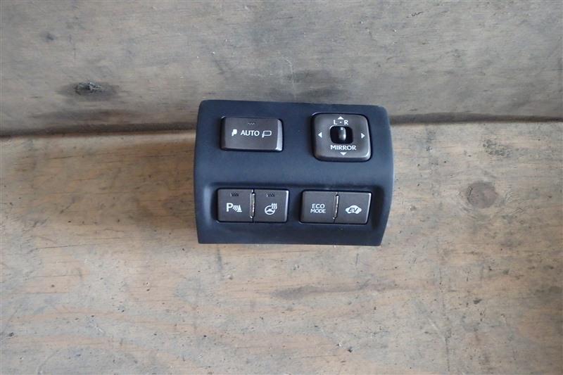 Блок управления зеркалами Lexus Ls600Hl UVF46 2UR-FSE 2011