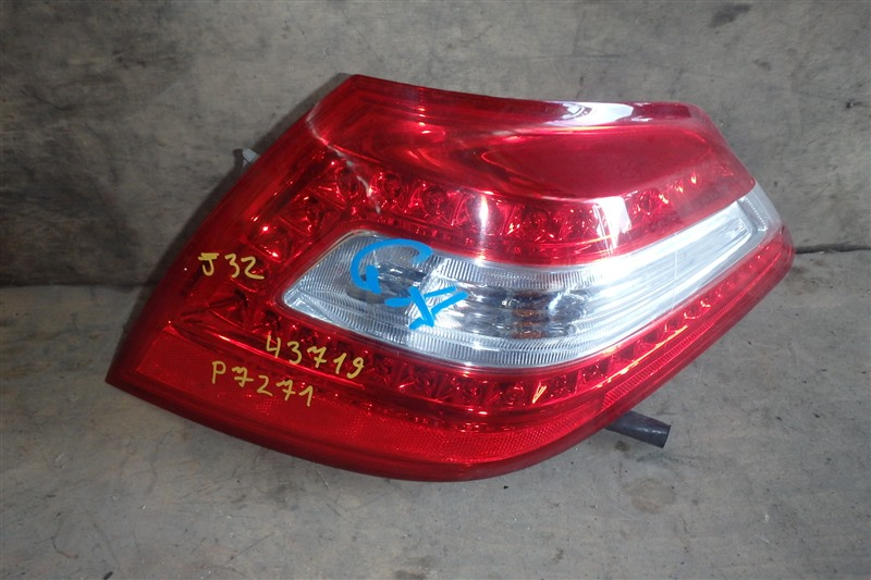 Стоп Nissan Teana J32 VQ25DE 2010 задний правый