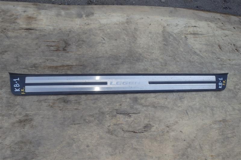 Накладка на порог Honda Legend KB1 J35A 2005 передняя правая