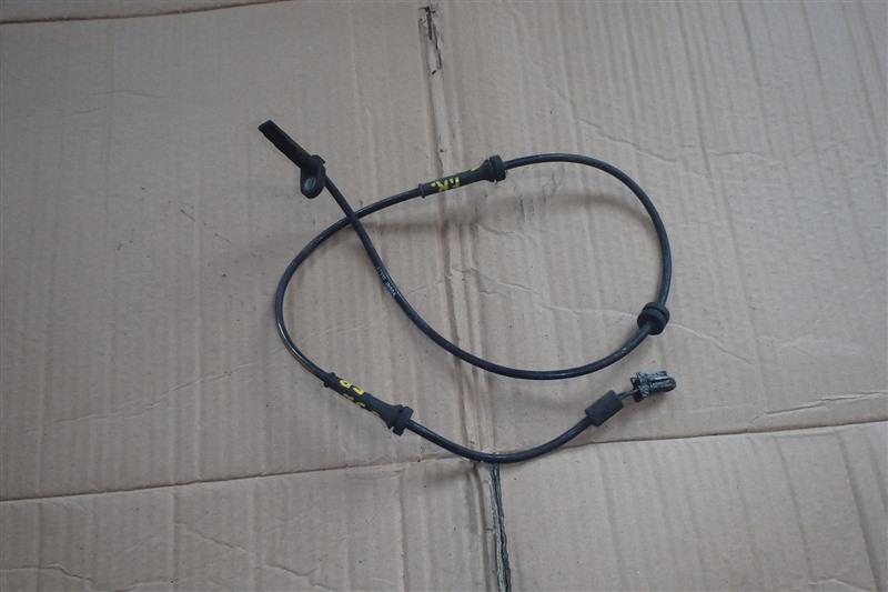 Датчик abs Nissan Teana J32 VQ25DE 2010 передний правый