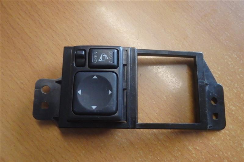 Блок управления зеркалами Nissan Serena CC25 MR20DE 2009