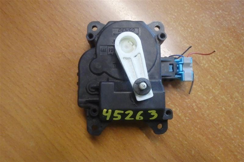 Сервопривод заслонок печки Toyota Wish ZGE20 2ZR-FAE 2011