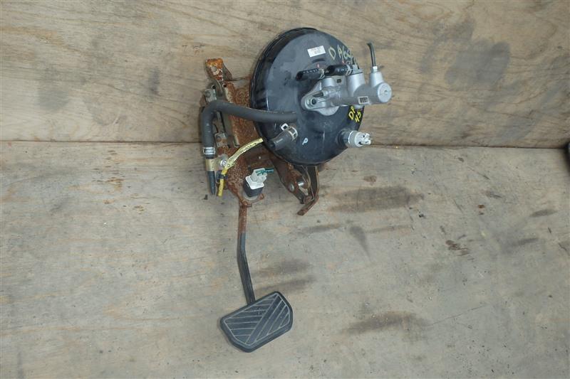 Главный тормозной цилиндр Suzuki Every DA64V K6A