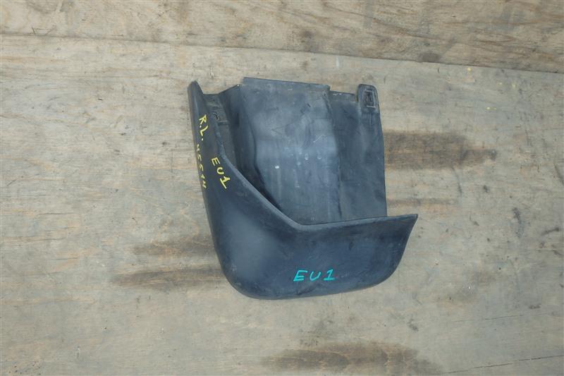 Брызговик Honda Civic EU1 D15B 2000 задний левый