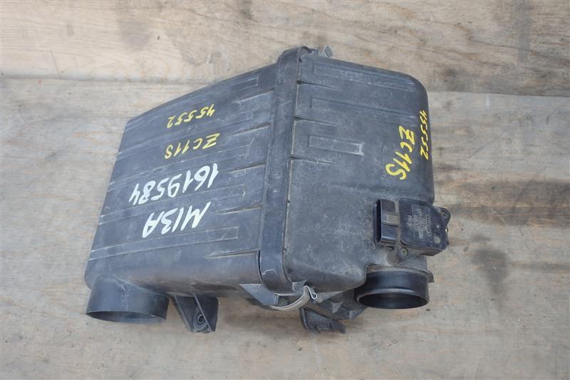 Корпус воздушного фильтра Suzuki Swift ZC11S M13A