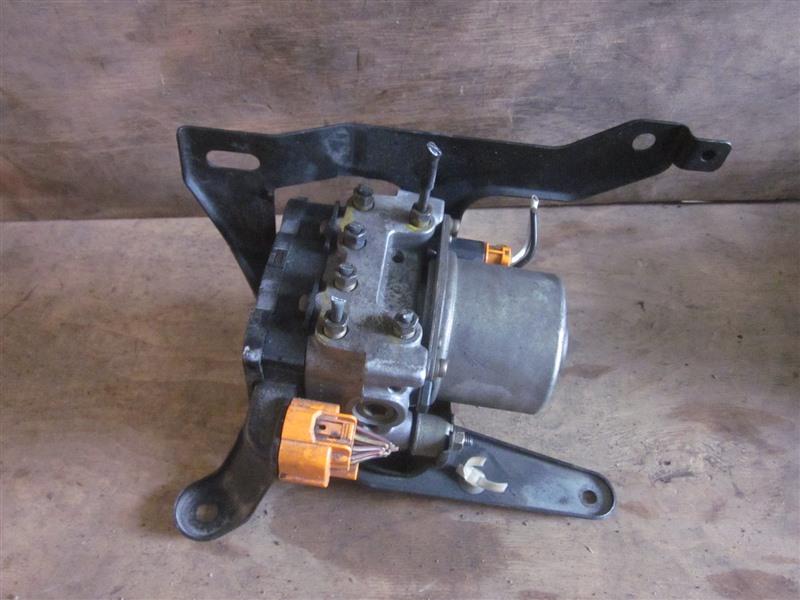 Блок abs Honda Integra DB6 ZC 1998