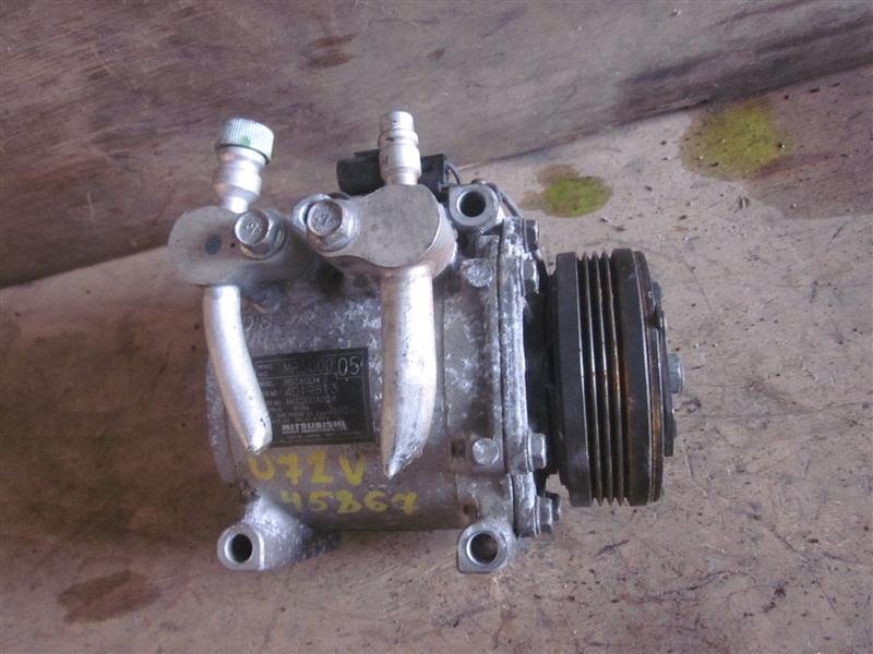 Компрессор кондиционера Nissan Clipper U72V 3G83