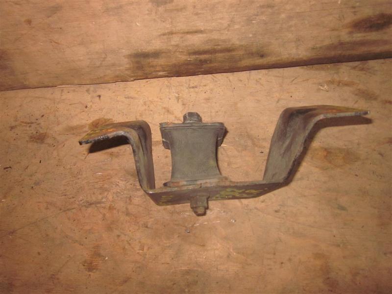 Подушка двигателя Mitsubishi Canter FE82 4M51 задняя правая