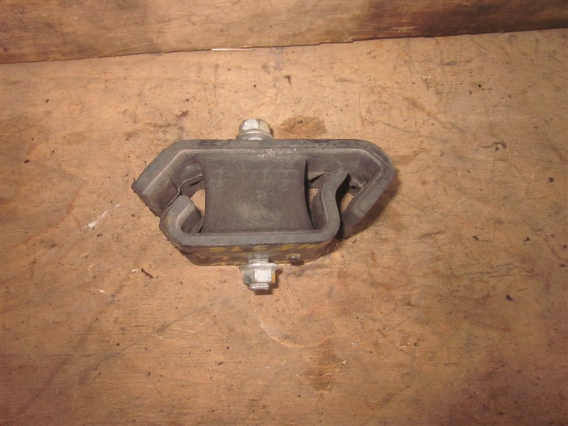 Подушка двигателя Suzuki Every DA64V K6A левая