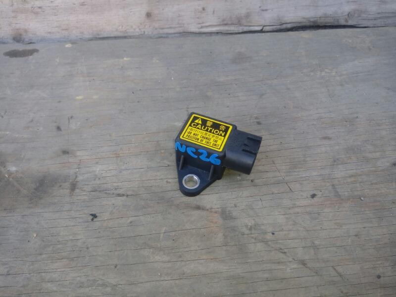 Датчик положения кузова Nissan Serena NC26 MR20DD 2012