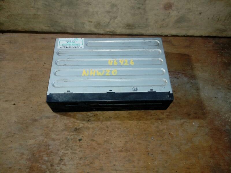Блок навигации Toyota Prius NHW20 1NZ-FXE