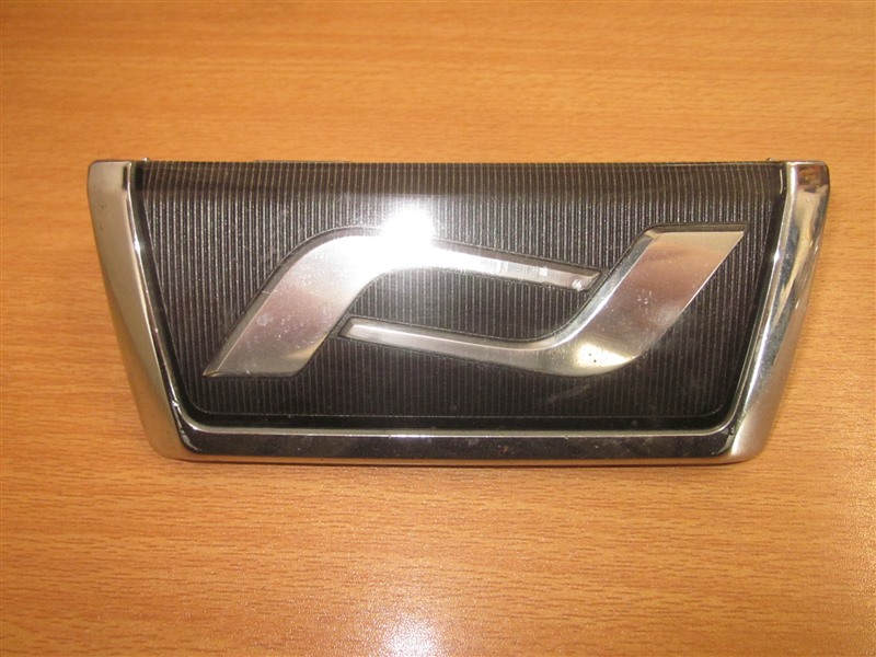 Лейба Toyota Noah AZR60 1AZ-FSE передняя