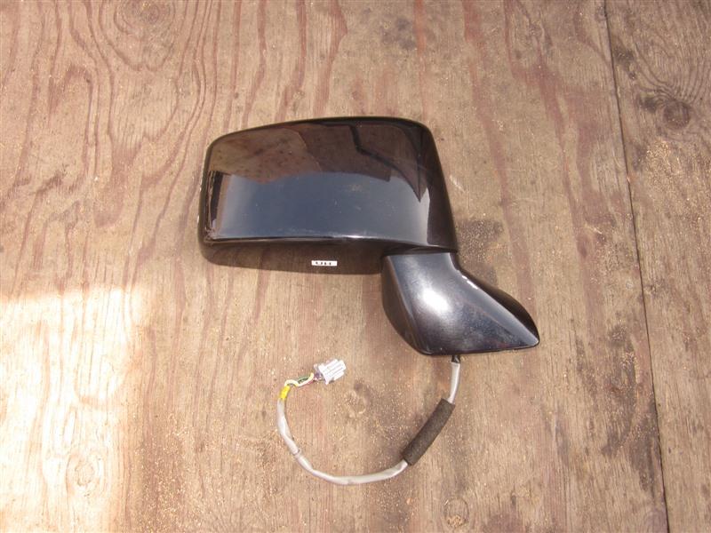Зеркало Nissan Presage TNU31 QR25DE 2004 переднее правое