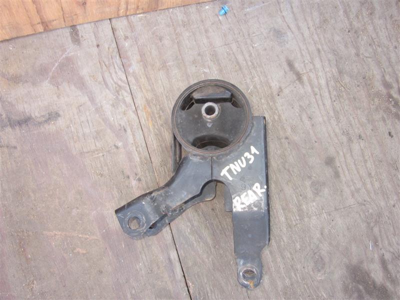 Подушка двигателя Nissan Presage TNU31 QR25DE 2004 задняя