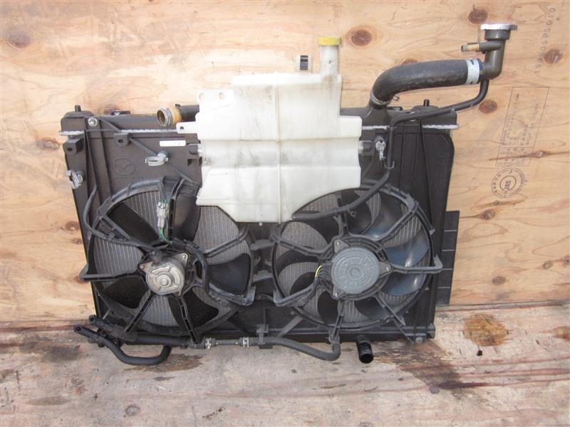 Радиатор Mazda Biante CCEFW LF-VD 2012