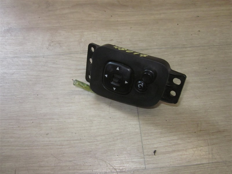 Блок управления зеркалами Mazda Mpv LW3W L3-VE 2004