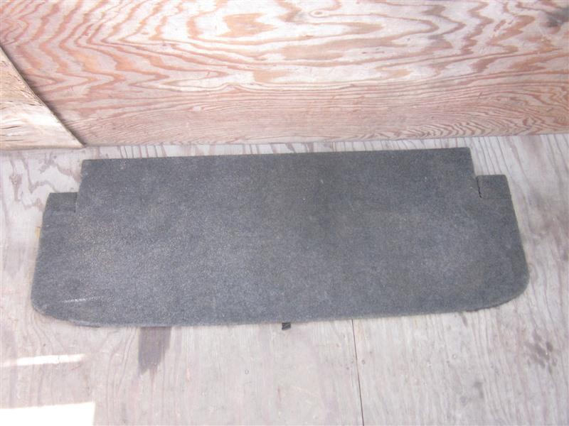 Полка багажника Nissan Presage TNU31 QR25DE 2004