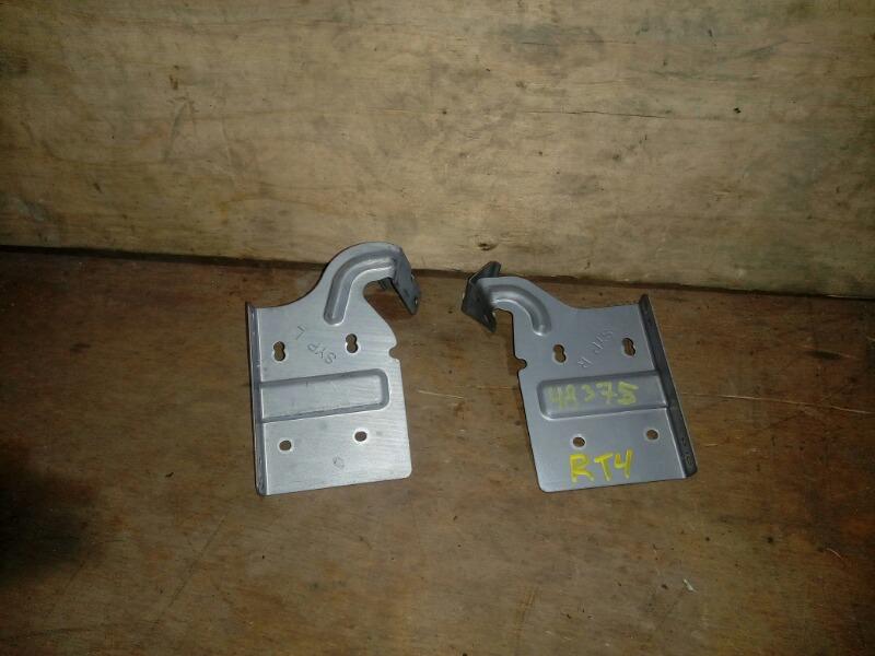 Крепление магнитофона Honda Cross Road RT4 R20A 2007