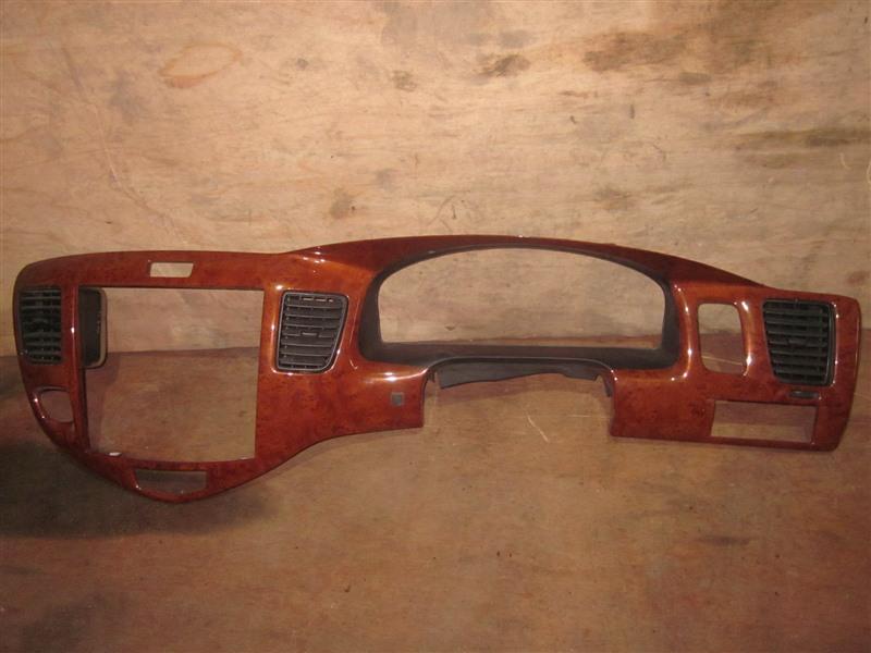 Консоль магнитофона Mazda Mpv LW3W L3-VE 2004