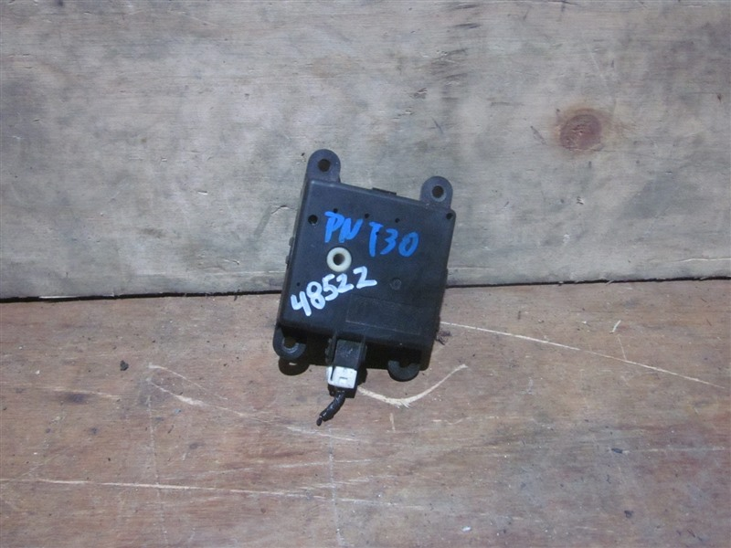 Сервопривод заслонок печки Nissan Xtrail PNT30 SR20VET 2004