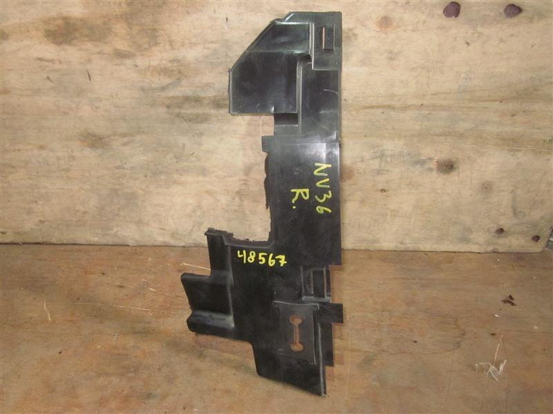 Дефлектор радиатора Nissan Skyline NV36 VQ25HR 2011 правый