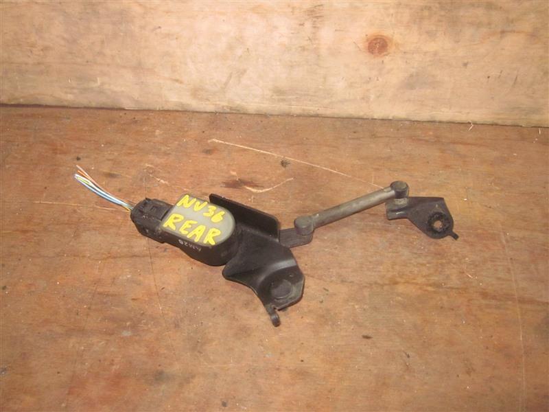 Датчик контроля высоты Nissan Skyline NV36 VQ25HR 2011 задний