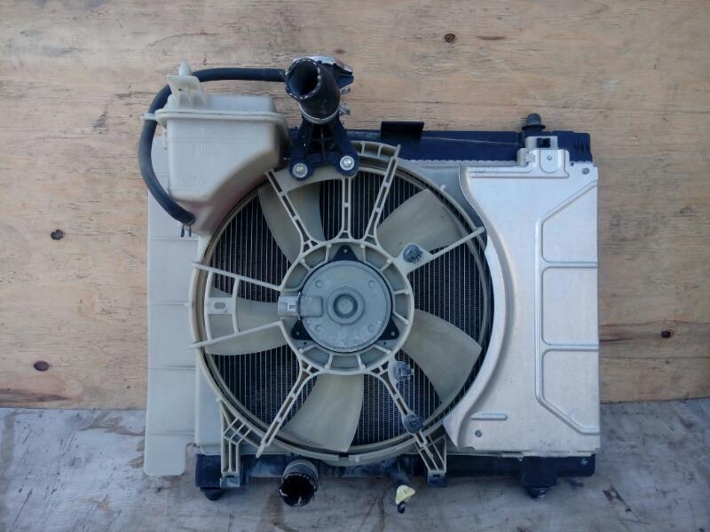 Радиатор Toyota Vitz KSP90 1KR-FE 2009
