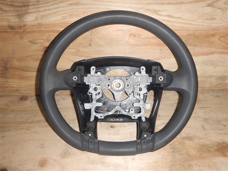 Руль Toyota Prius ZVW30 2ZR-FXE