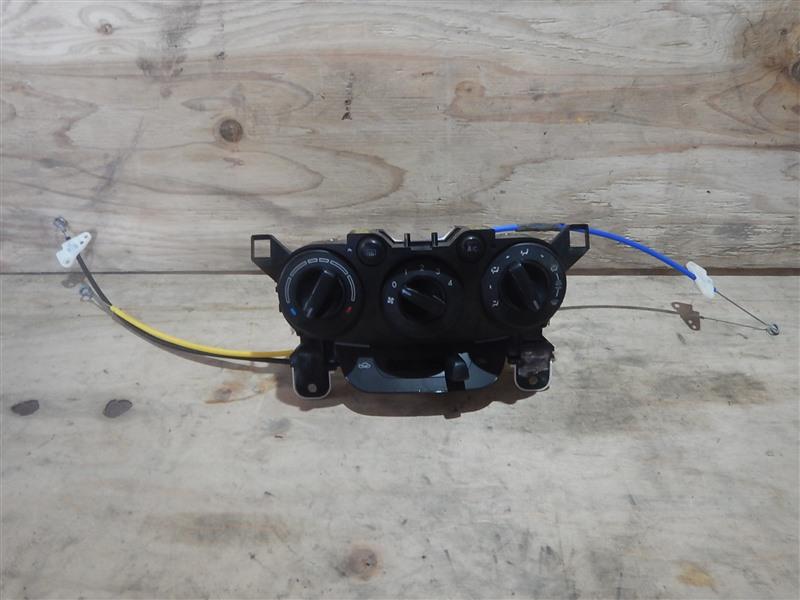Климат-контроль Mazda Demio DE3FS ZJ 2008