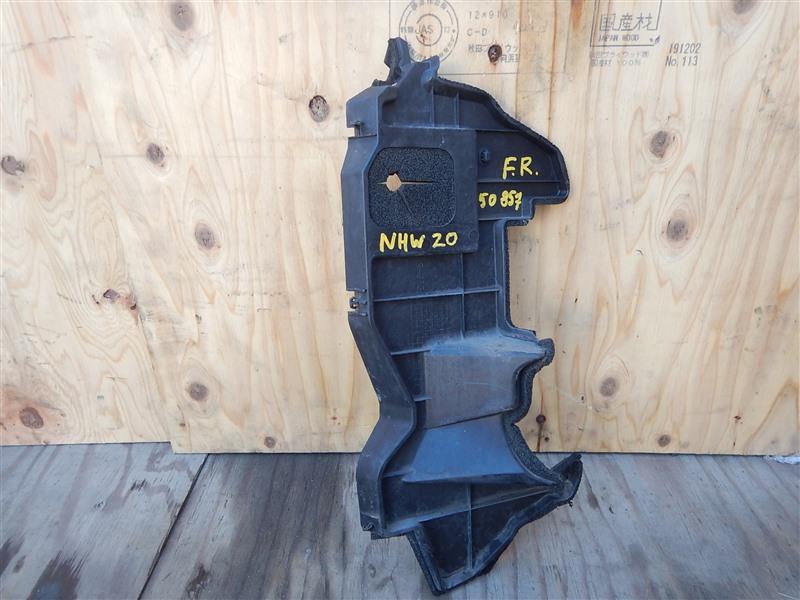Дефлектор радиатора Toyota Prius NHW20 1NZ-FXE 2008 передний правый