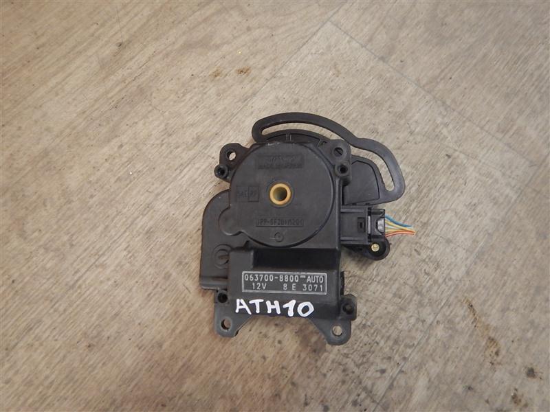 Сервопривод заслонок печки Toyota Alphard ATH10 2AZ-FXE 2003