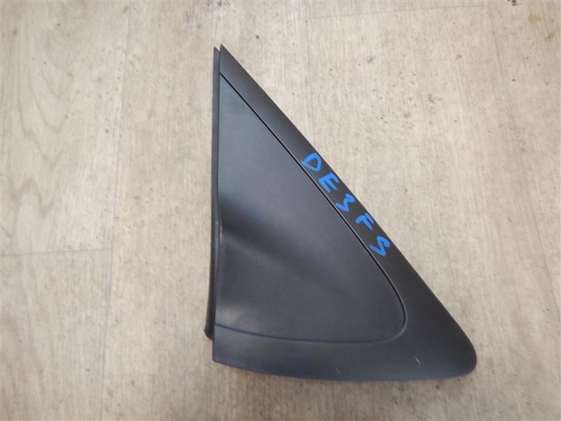 Уголок с крыла Mazda Demio DE3FS ZJ 2008 передний правый