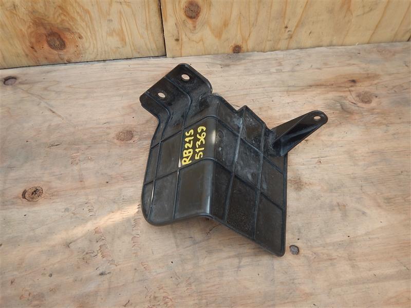 Дефлектор радиатора Suzuki Aerio RB21S M15A 2006
