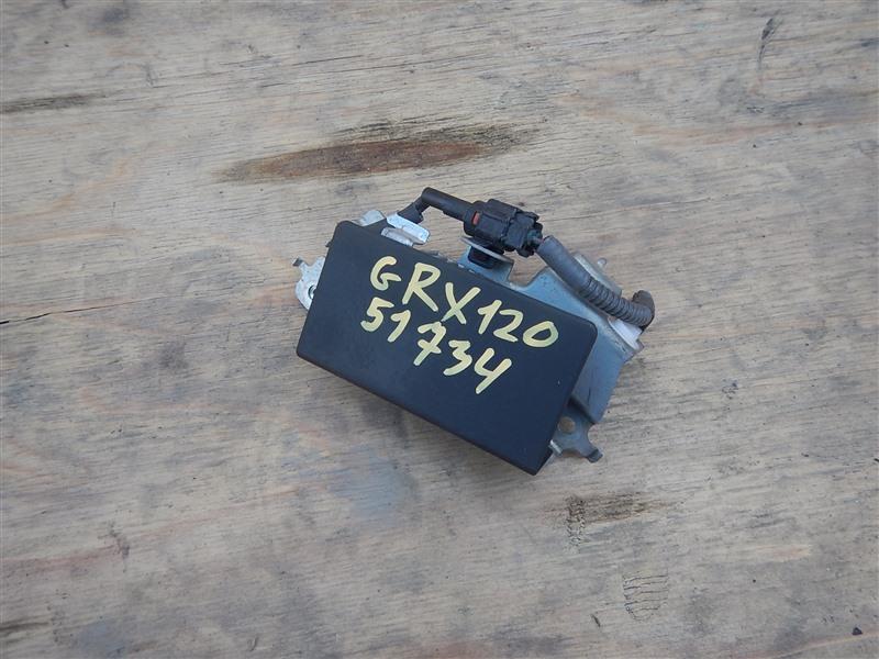 Блок управления топливным насосом Toyota Mark X GRX120 4GR-FSE 2008