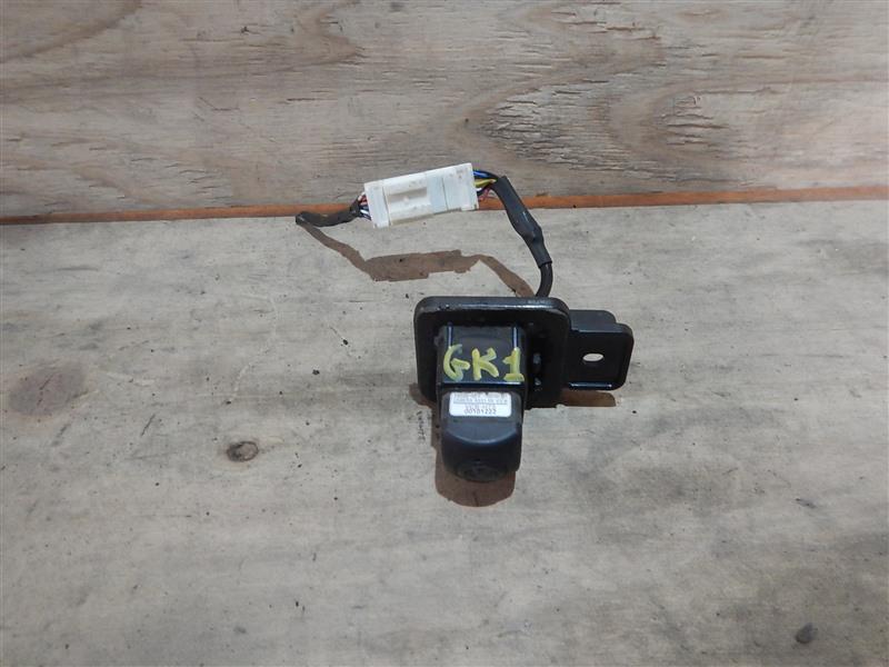 Камера заднего вида Honda Mobilio Spike GK1 L15A 2007 задняя