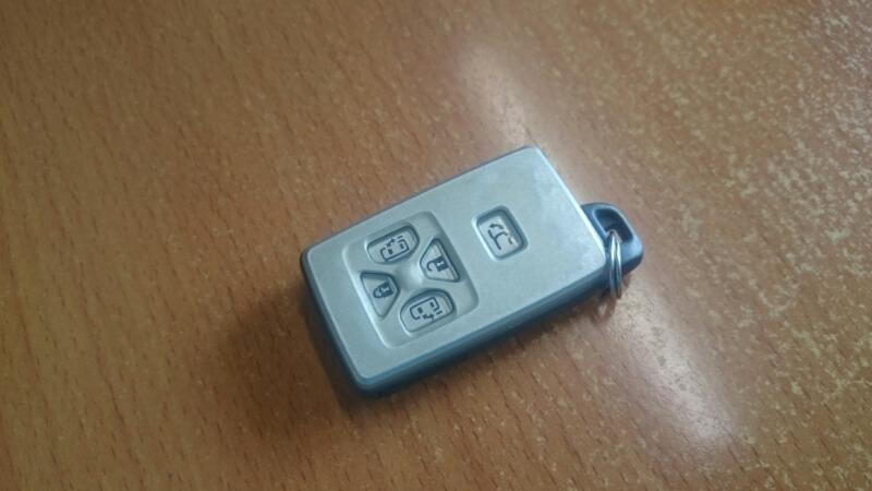Чип-ключ Toyota Alphard GGH25 2GR-FE