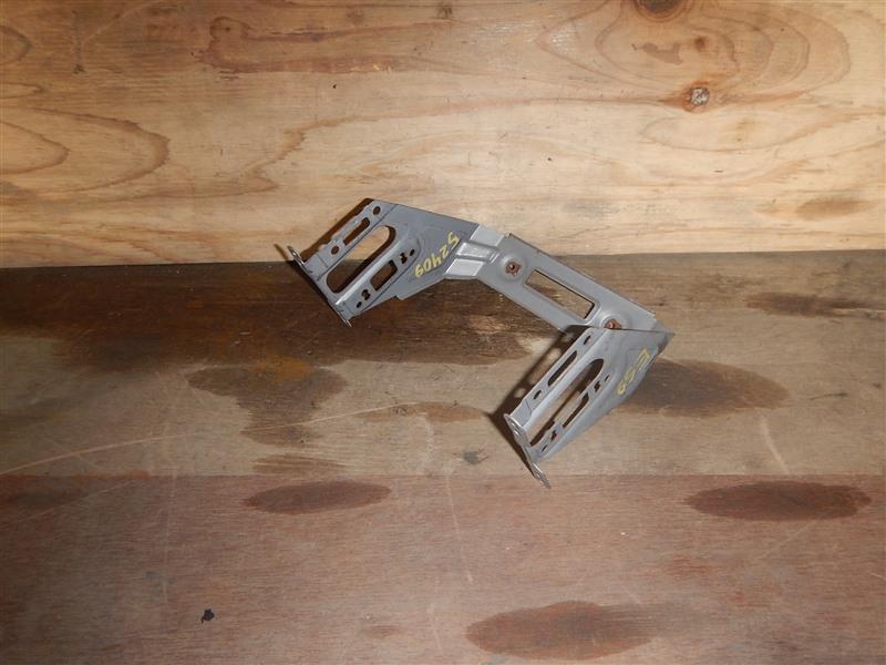 Крепление магнитофона Honda Civic ES9 LDA 2002