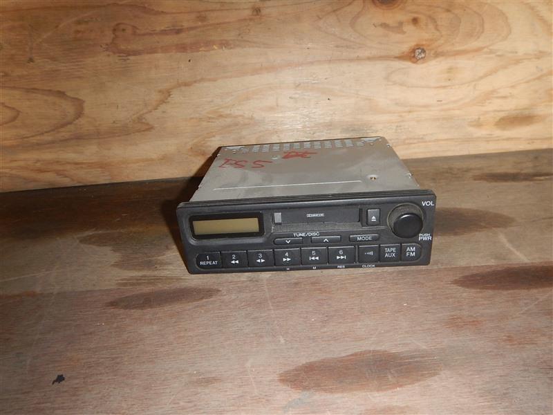 Магнитофон Honda Civic ES9 LDA 2002