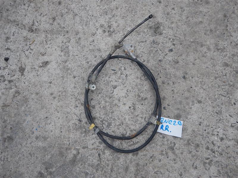 Тросик ручника Toyota Bb QNC20 K3-VE задний правый