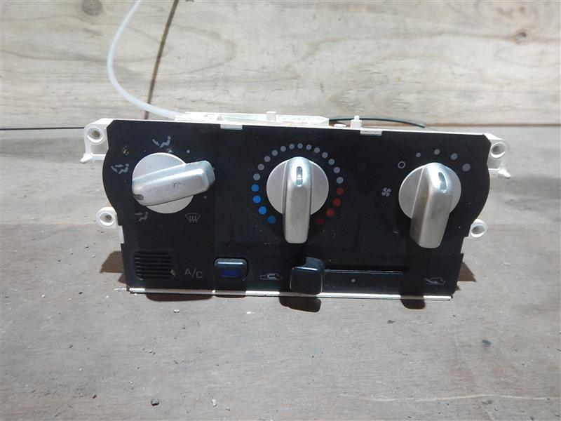 Климат-контроль Nissan Cube AZ10 CGA3 2001